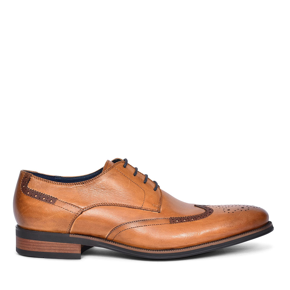 ETIHAD BROGUE SHOE FOR MEN in TAN