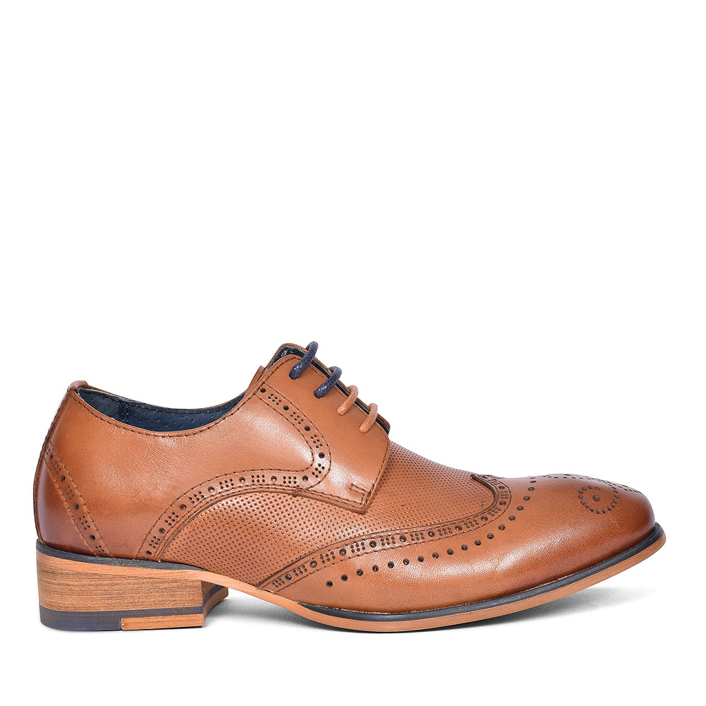 TWICKENHAM PUNCHED DETAIL BROGUE FOR BOYS in TAN
