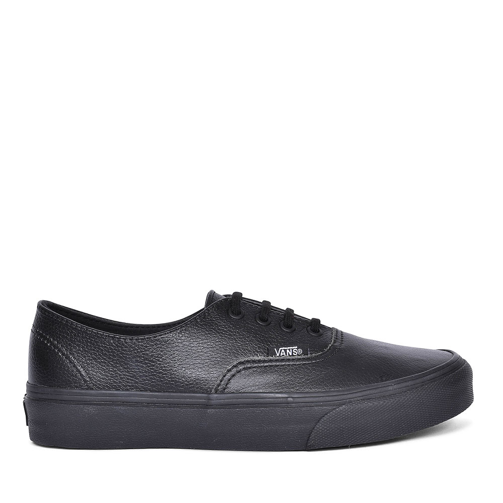 AUTHENTIC DECON SHOES FOR LADIES in BLACK
