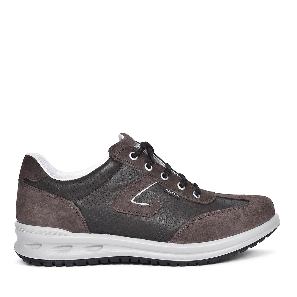 BMG062 Newry Laced Suede Trainers for men in BROWN