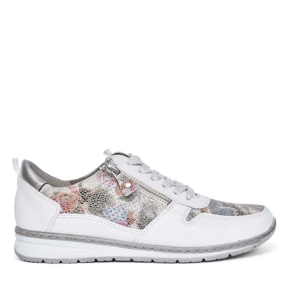 SAPPORO WOMENS LACE UP SPORTS SHOES  in WHITE