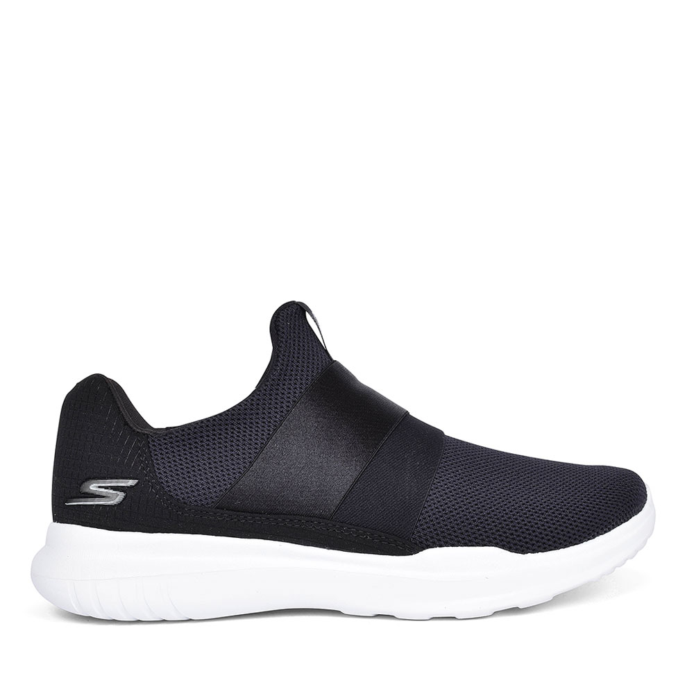 GO RUN WOMENS CASUAL SHOES in BLACK
