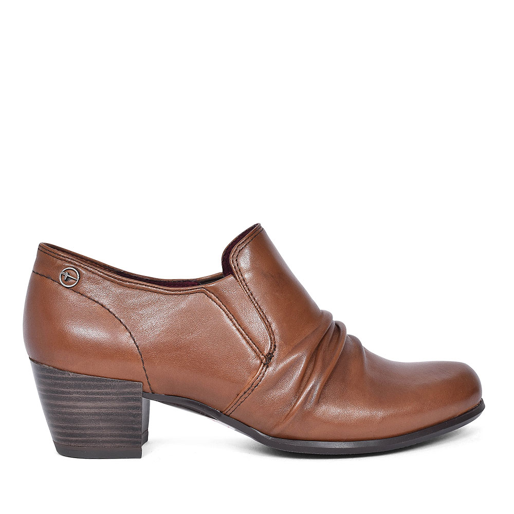RUCHED COURT SHOE FOR LADIES in TAN