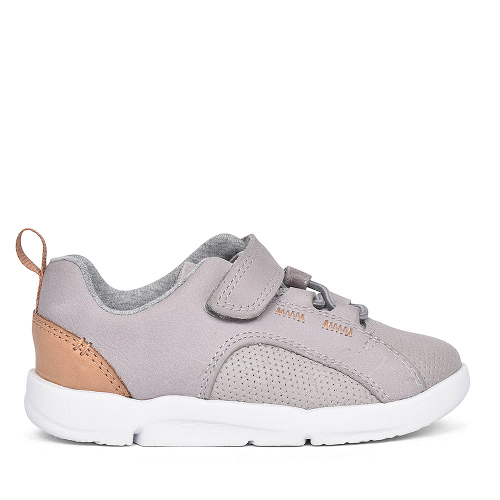 TRI LEAP GREY LEATHER TRAINER FOR GIRLS in KIDS G FIT
