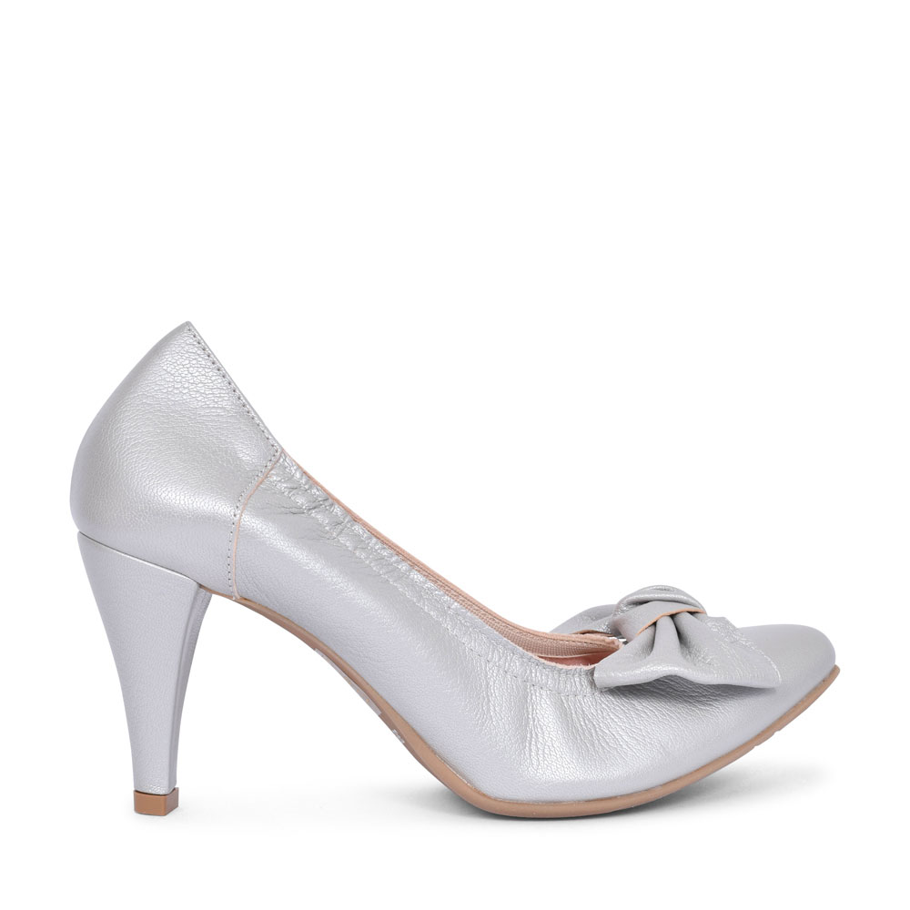 1384 BOW COURT SHOE FOR LADIES in SILVER