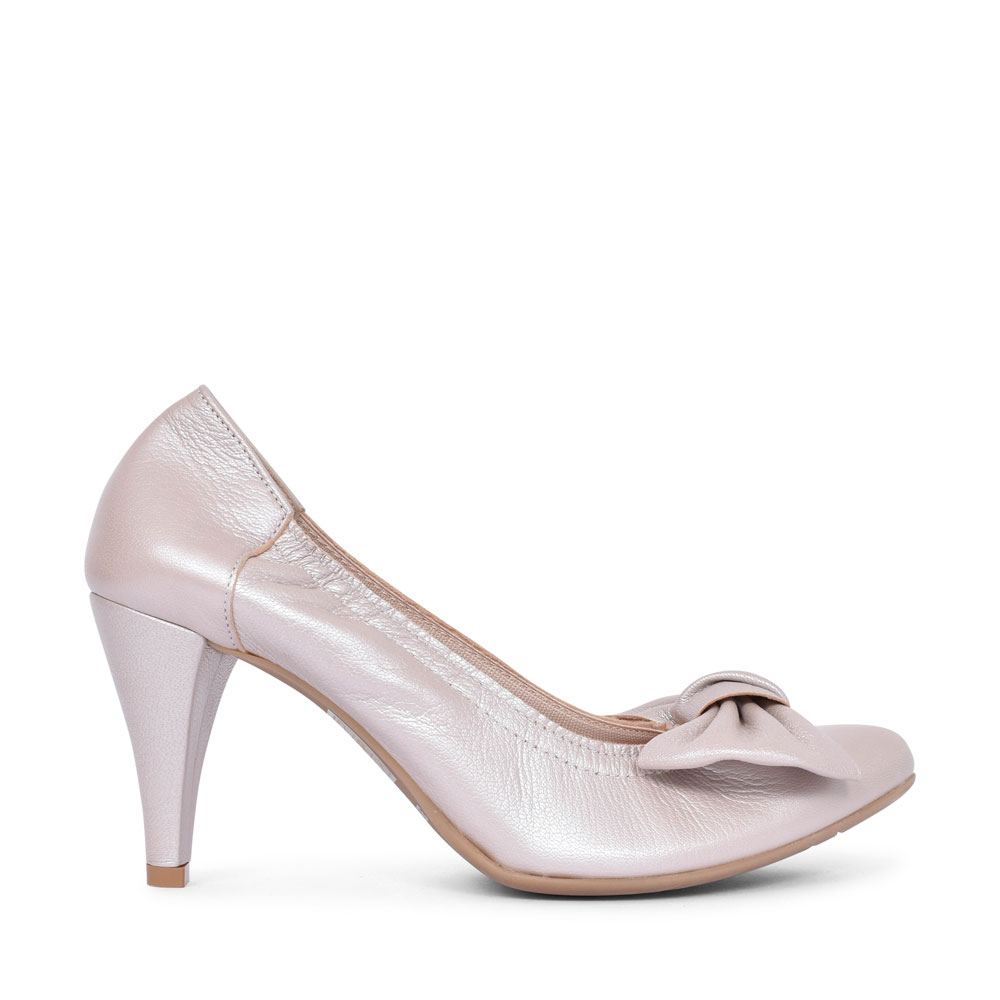 1384 BOW COURT SHOE FOR LADIES in GOLD