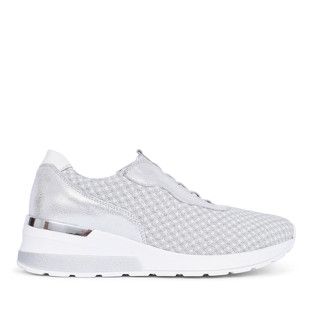 939H51 H-CLARA-SOFT CASUAL TRAINER FOR LADIES in SILVER