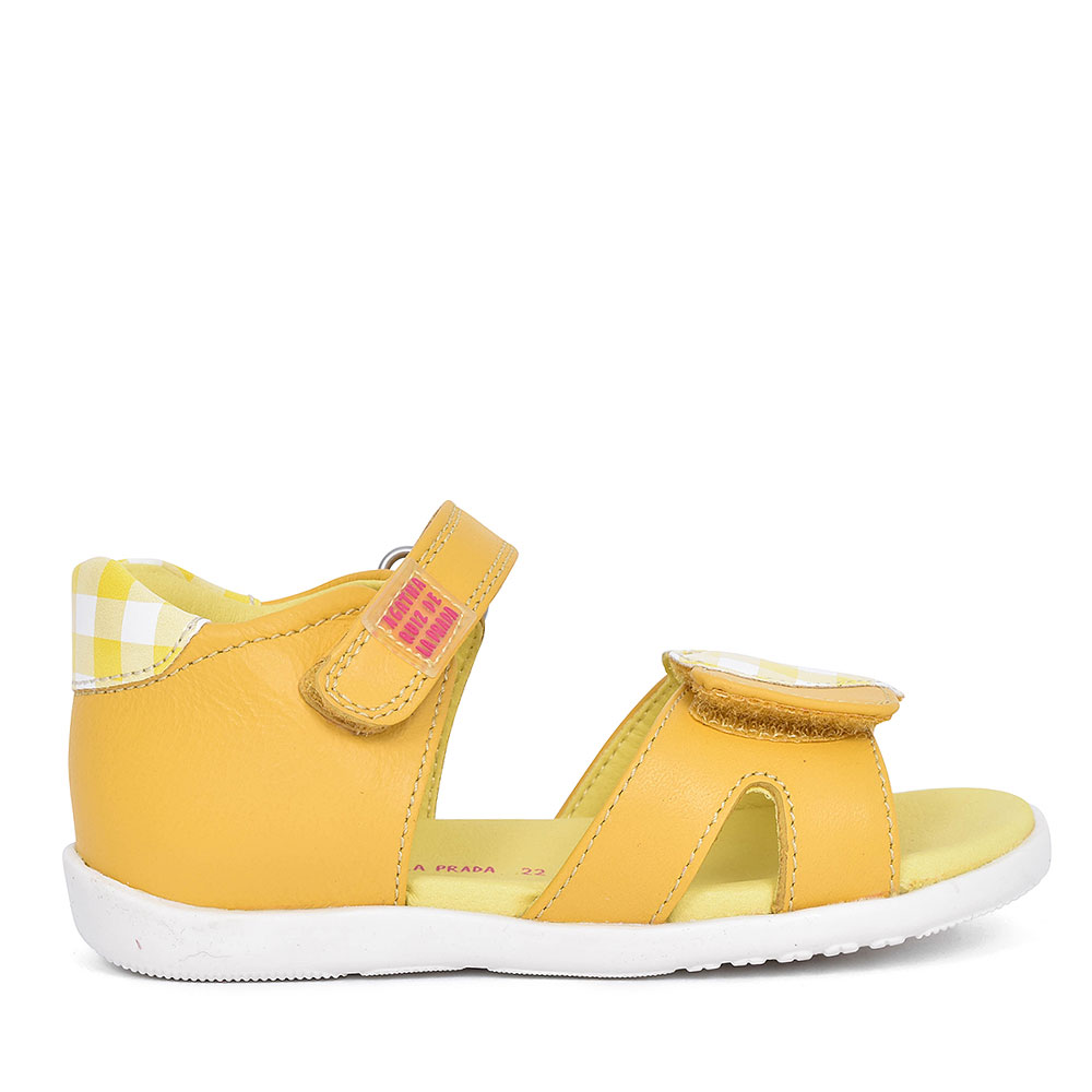192903 HEART VELCRO SHOE FOR GIRLS in YELLOW