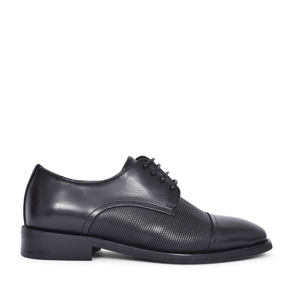 ALTRAD LACED SHOE FOR BOYS in BLACK