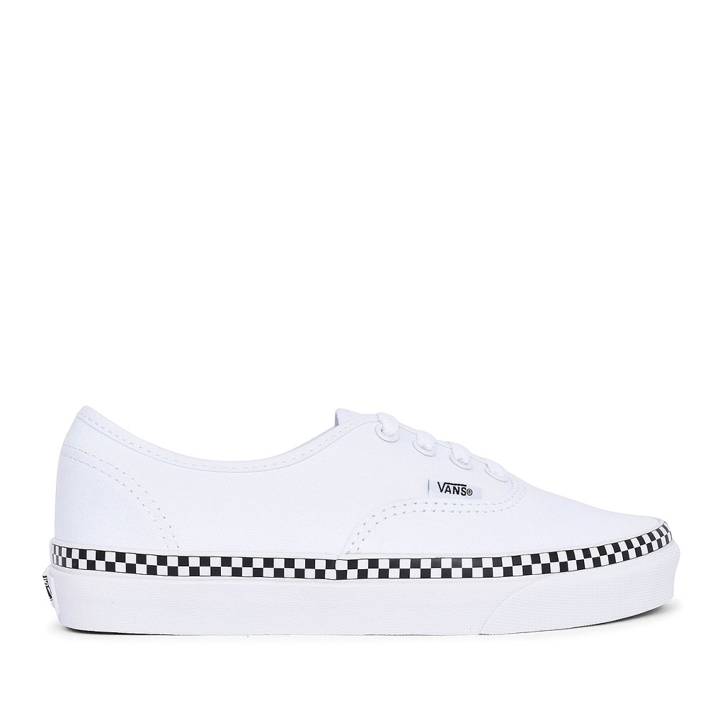 AUTHENTIC CASUAL LACED TRAINER FOR LADIES in WHITE