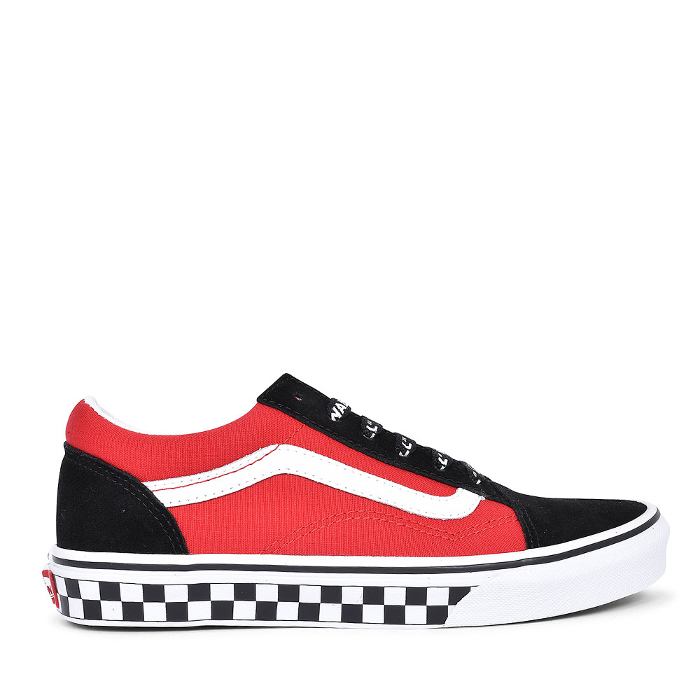 OLD SKOOL CASUAL LACED TRAINER FOR BOYS in RED