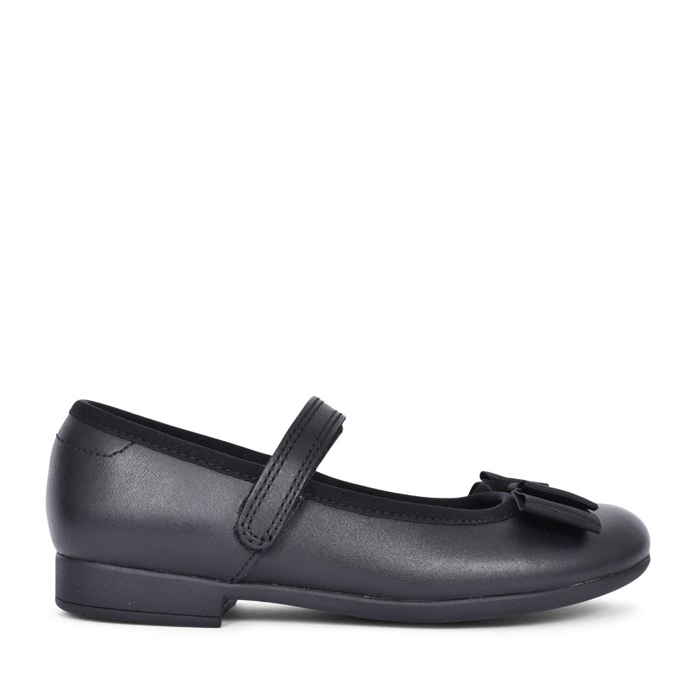 SCALA TAP BLACK LEATHER VELCRO SHOE FOR GIRLS in KIDS F FIT