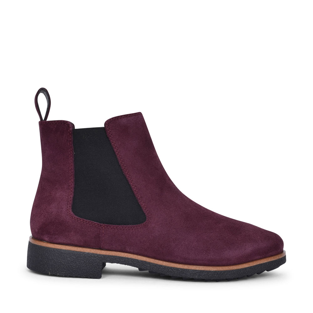 GRIFFIN PLAZA SUEDE D FIT CHELSEA BOOT FOR LADIES in BURGANDY