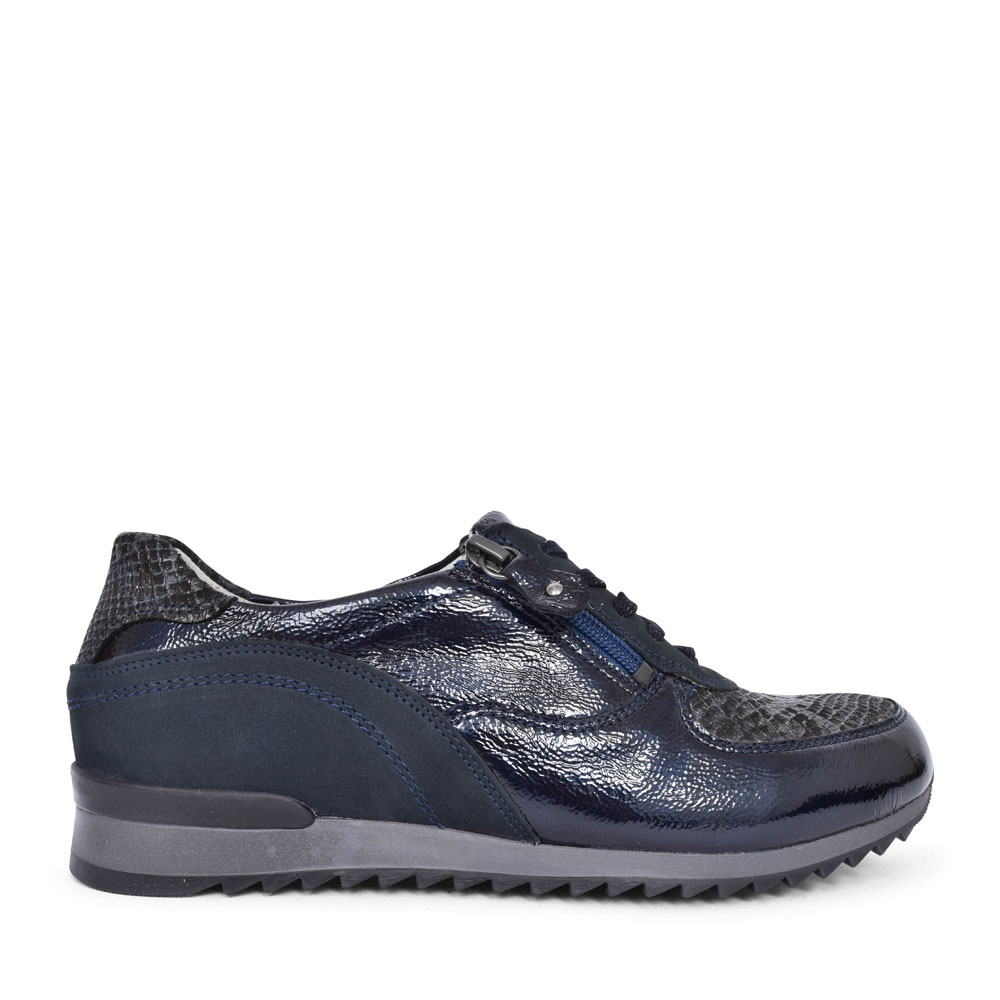 370013 HURLY LACED TRAINER FOR LADIES in NAVY