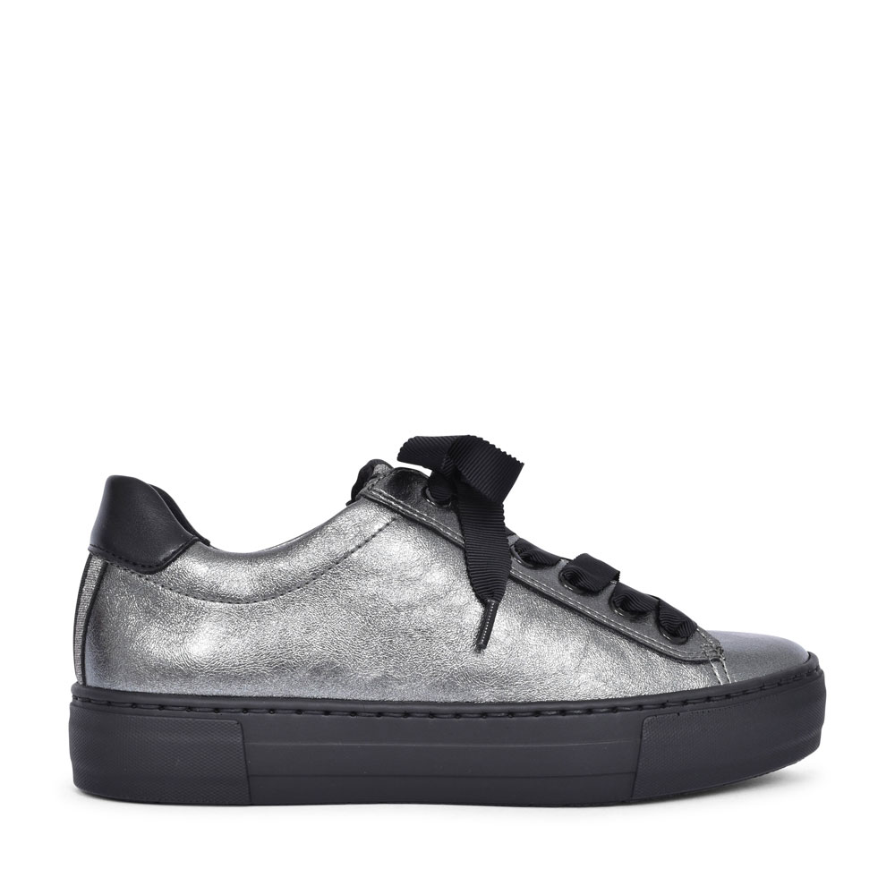 12-37484 COURTYARD LACED TRAINER FOR LADIES in METALLIC