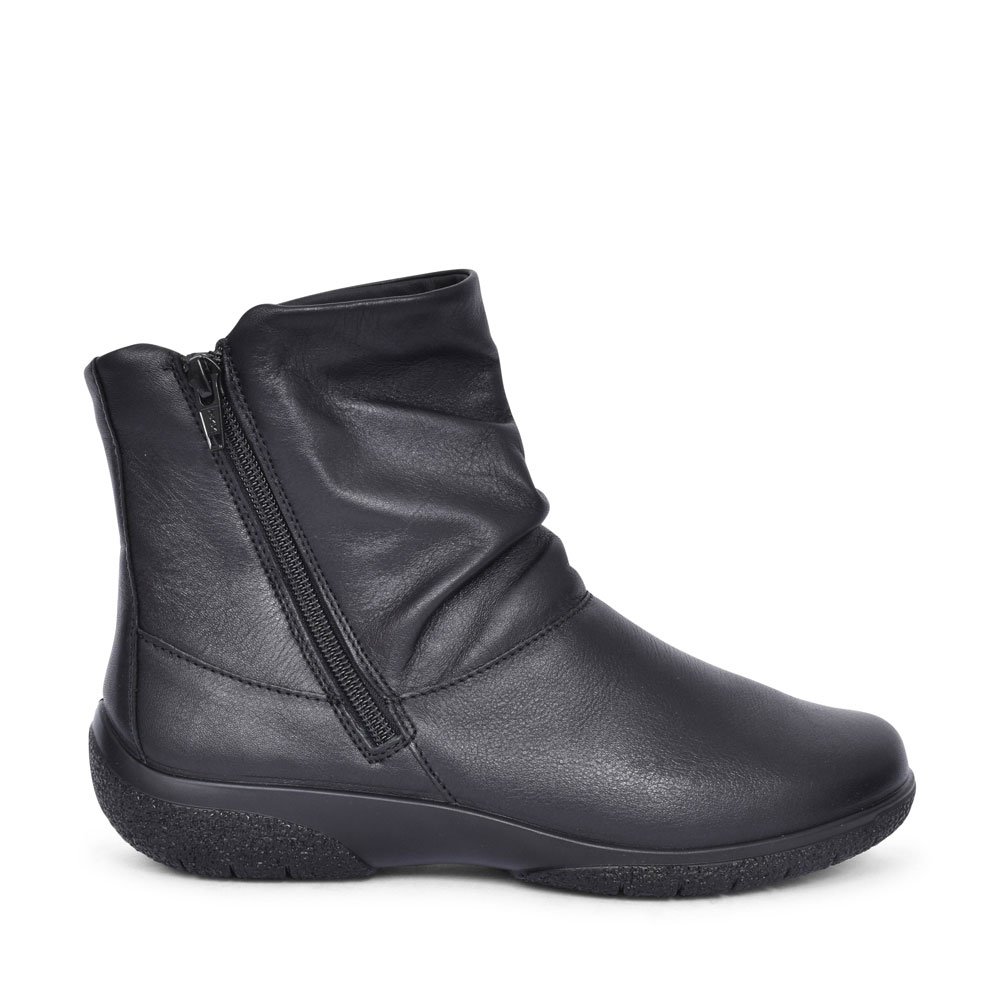 EXTRA WIDE LEATHER ANKLE BOOT in BLACK