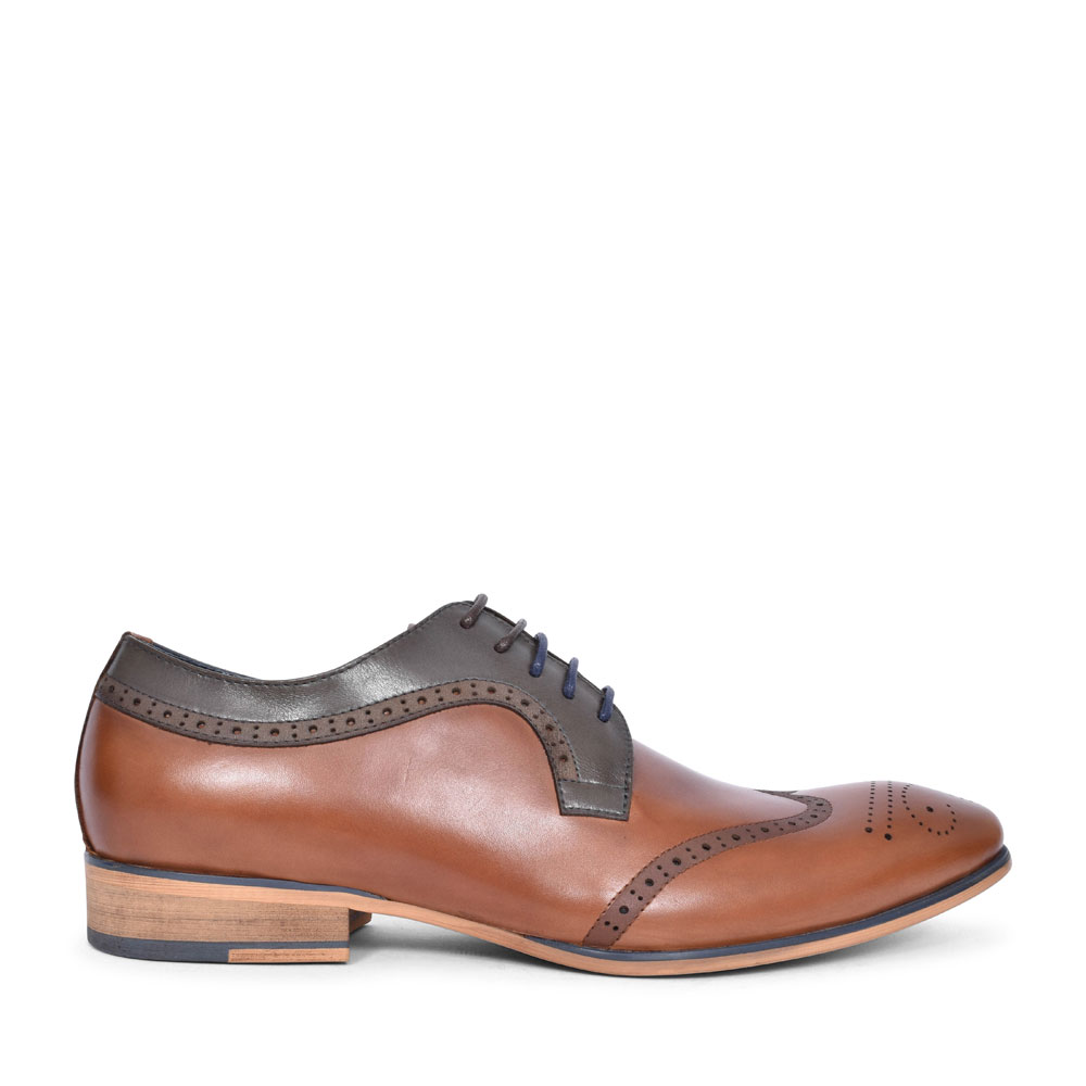 TWICKENHAM PUNCH DETAIL BROGUE SHOE FOR MEN in MULTI-COLOUR