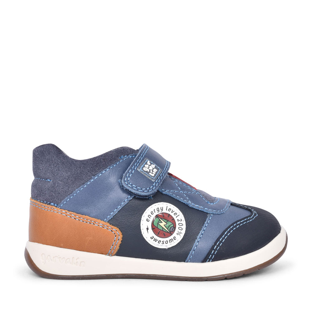 191314 CASUAL VELCRO SHOE FOR BOYS in GREY