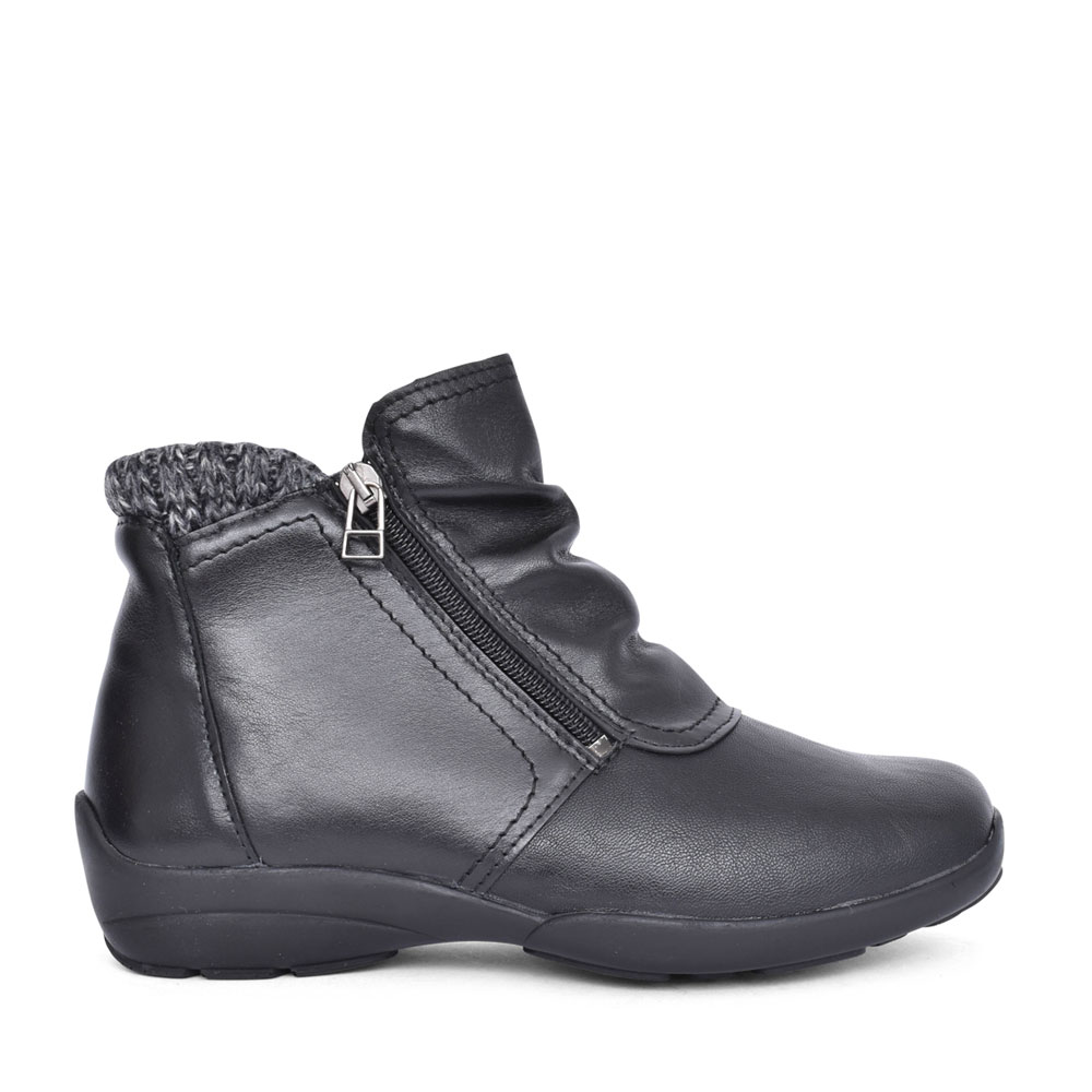 LADIES STOKE 2V EXTRA WIDE ANKLE BOOT in BLACK