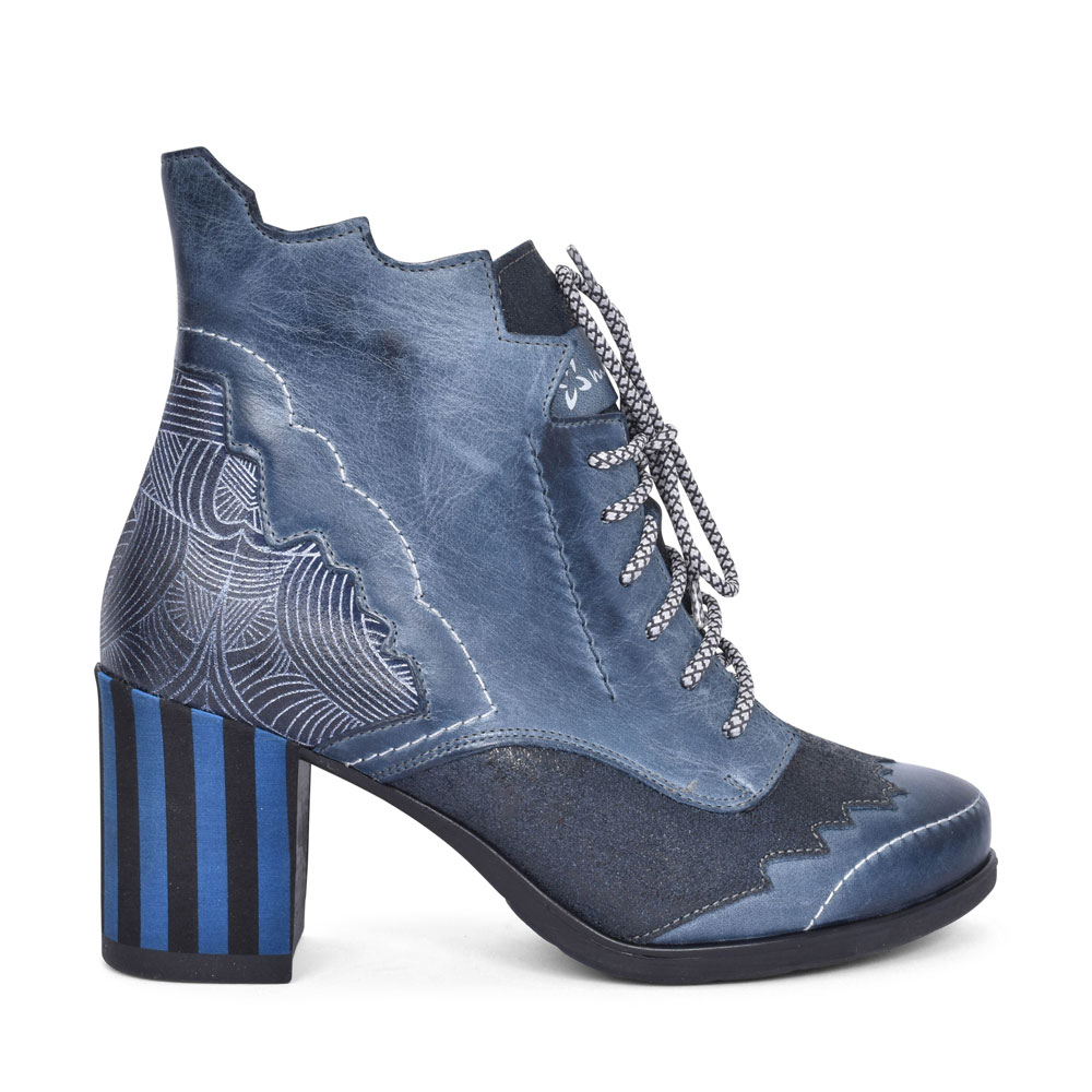 03190 MEDIUM HEEL LACED ANKLE BOOT FOR LADIES in BLUE