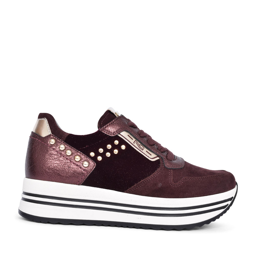 09043 CASUAL LACED TRAINER FOR LADIES in BURGANDY