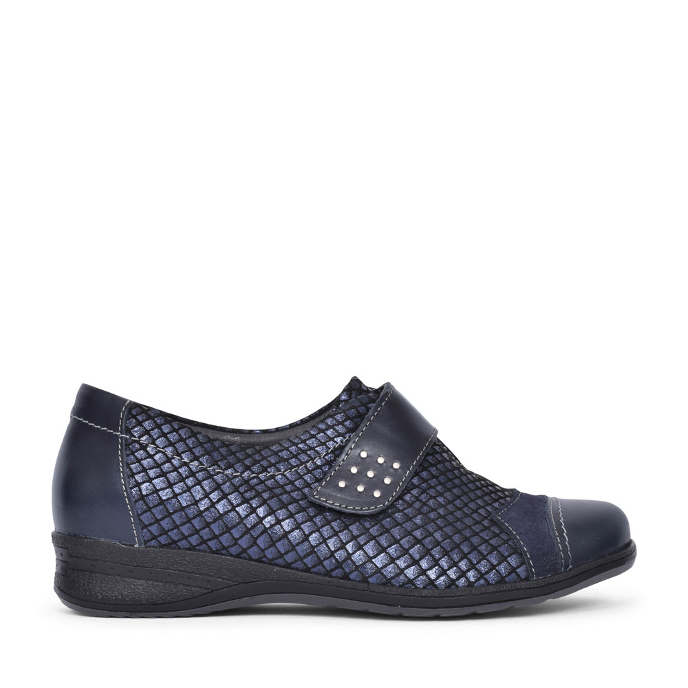BUNTY CASUAL VELCRO FASTENED ON SHOE FOR LADIES in NAVY