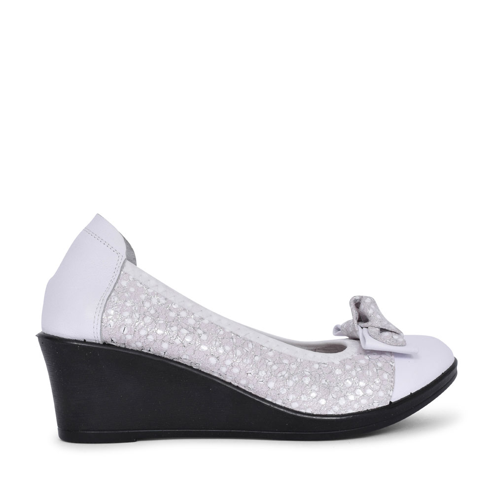 LADIES SERENA BOW FRONT SLIP ON WEDGE SHOE in WHITE