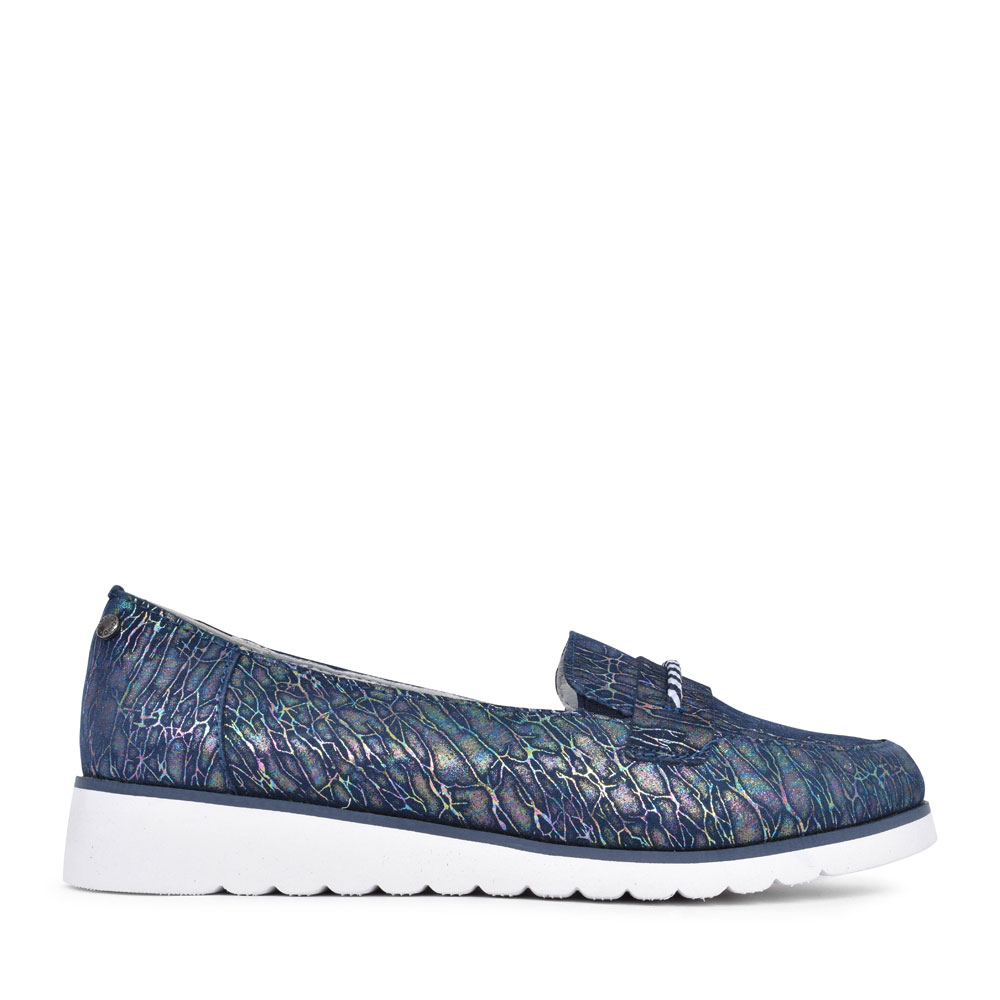 LADIES CHIUSA CASUAL SLIP ON LOAFER SHOE in NAVY
