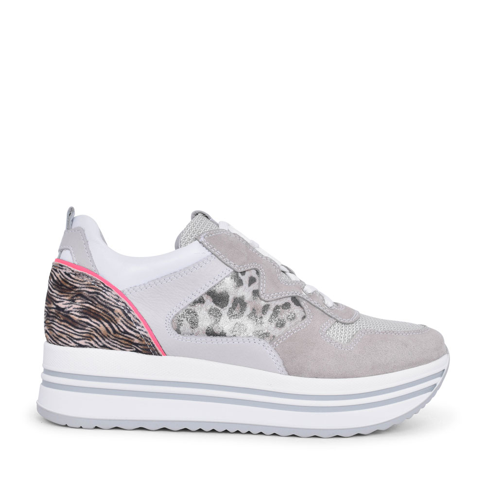LADIES CASUAL LACED TRAINER in GREY