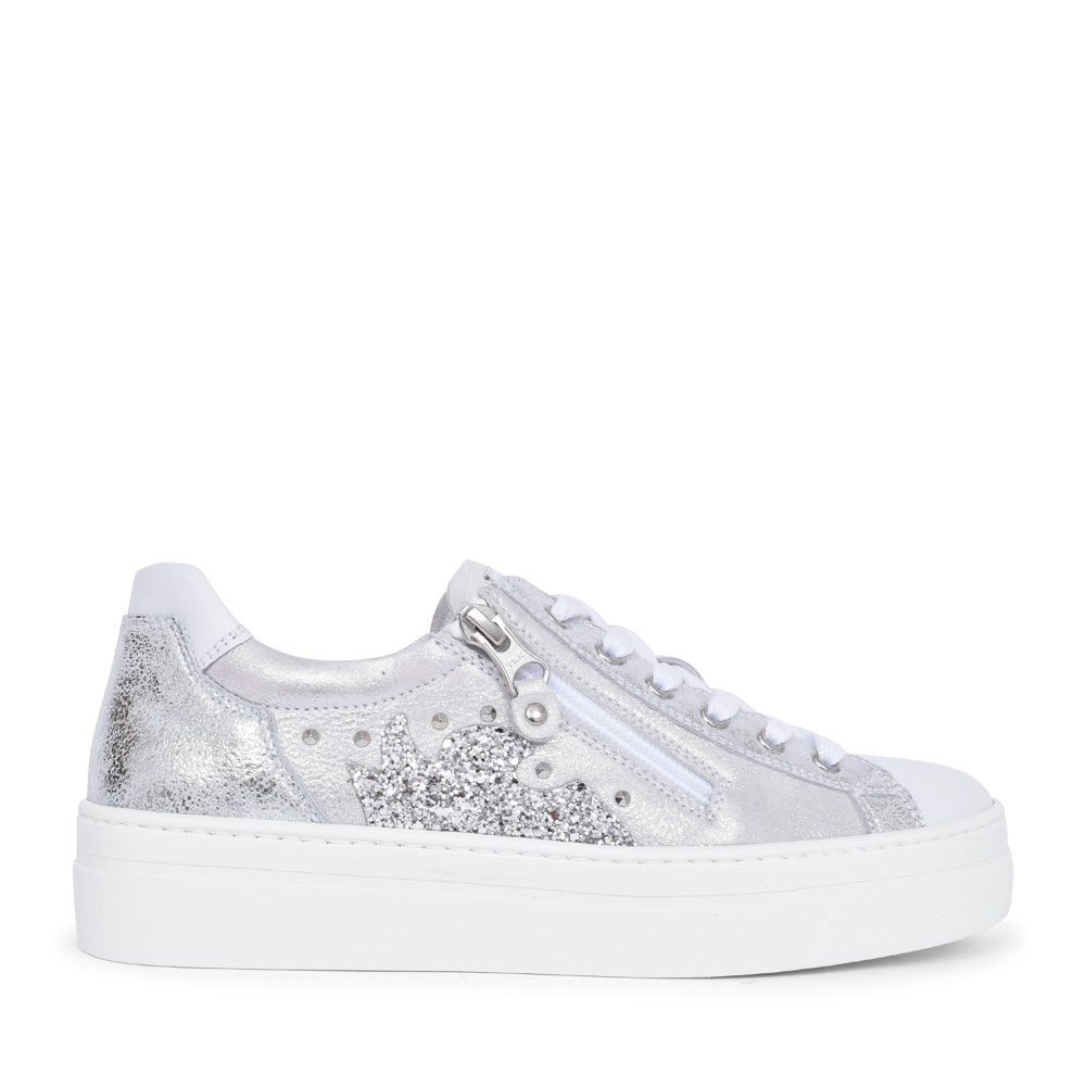 LADIES CASUAL LACED & ZIP TRAINER in SILVER