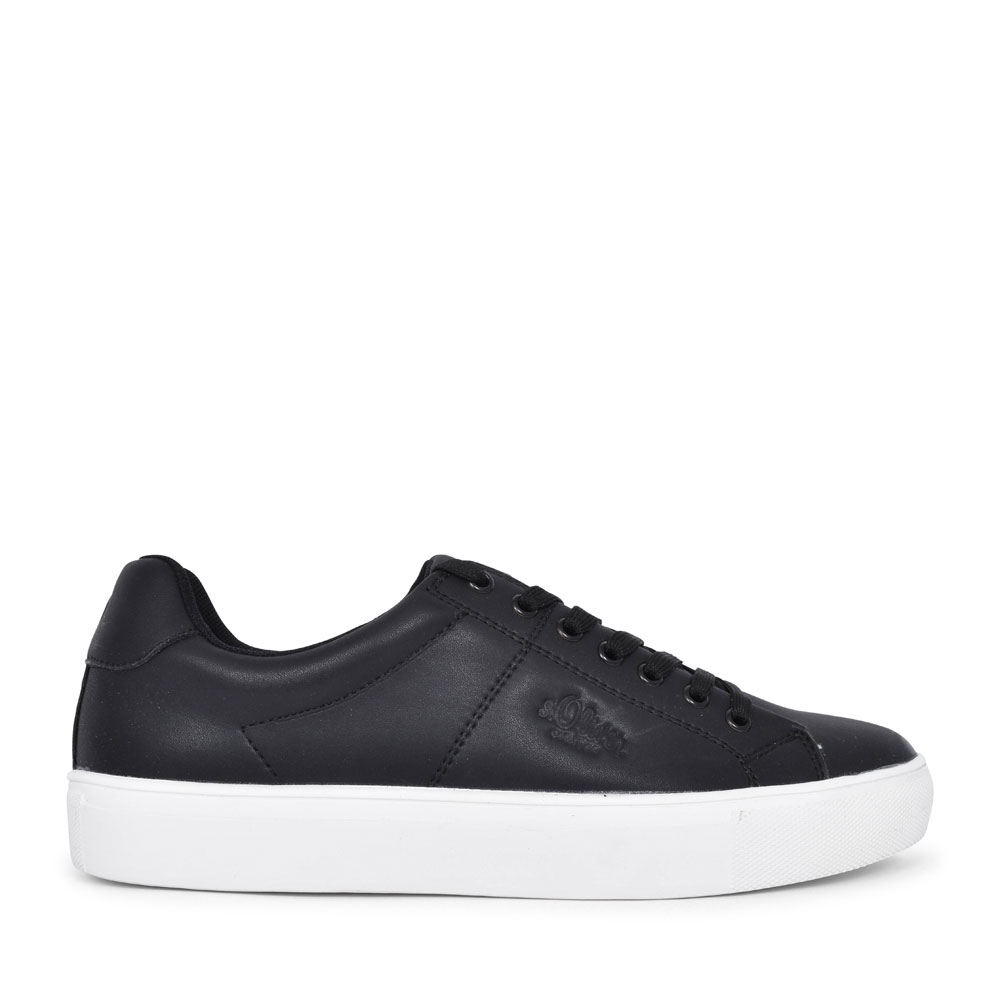 MEN'S 5-13632 LACED TRAINER  in BLACK