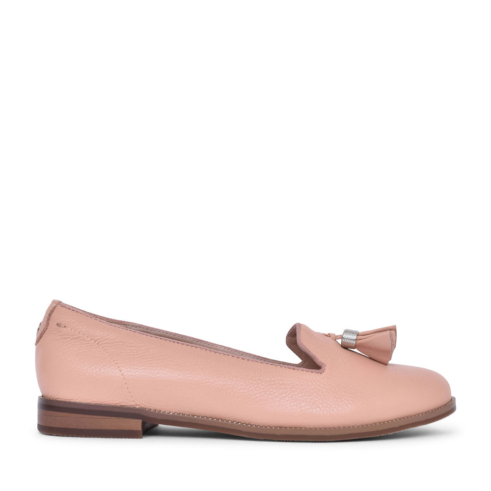 LADIES ELIVE LEATHER TASSEL LOAFER SHOE in NUDE