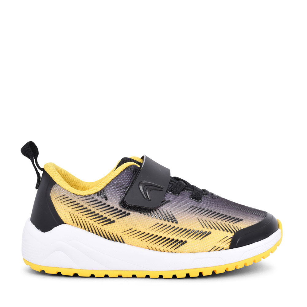 BOYS AEON PACE T BLACK/YELLOW VELCRO TRAINER in KIDS F FIT