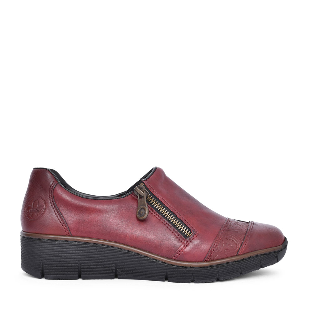 LADIES 53761 LOW HEEL SLIP ON WEDGE SHOE in BURGANDY