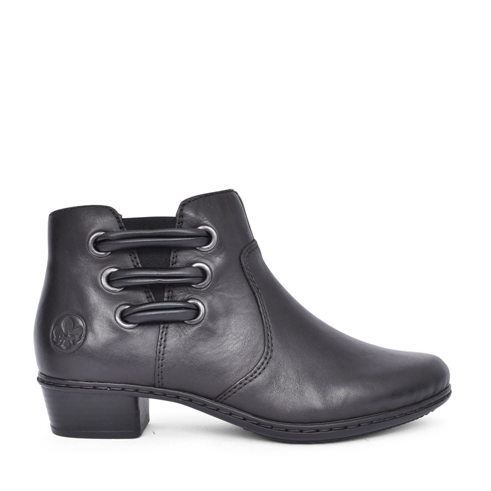 LADIES Y07B0 LOW HEEL ANKLE BOOT in BLACK