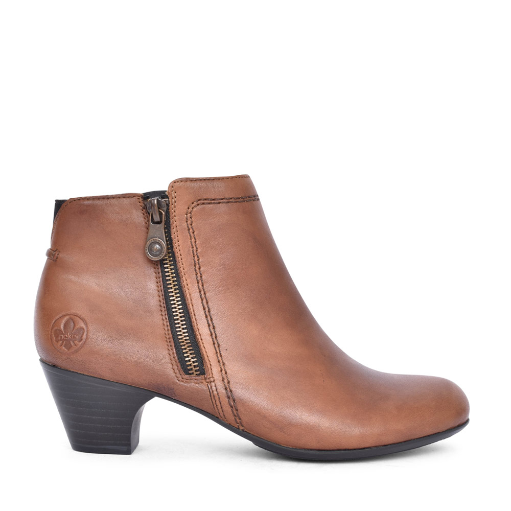 LADIES LOW HEEL ZIP UP ANKLE BOOT in TAN