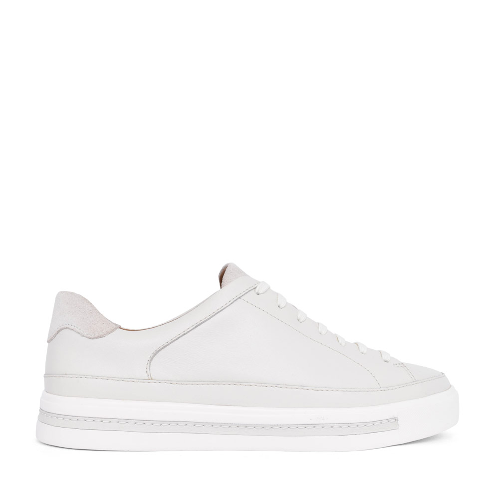 LADIES UN MAUI TIE LEATHER D FIT LACED TRAINER in WHITE