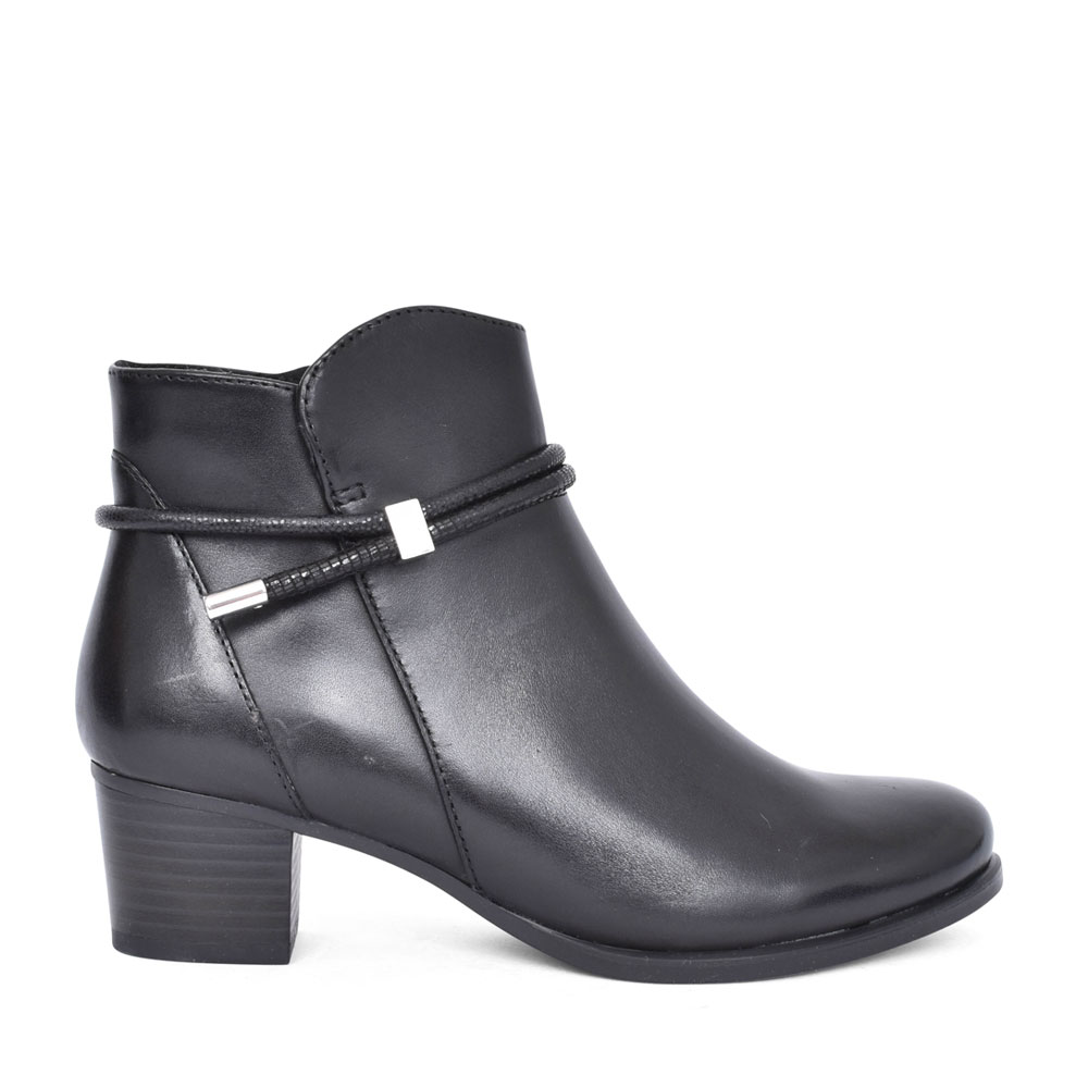 LADIES 9-25307 LOW HEEL ANKLE BOOT in BLACK