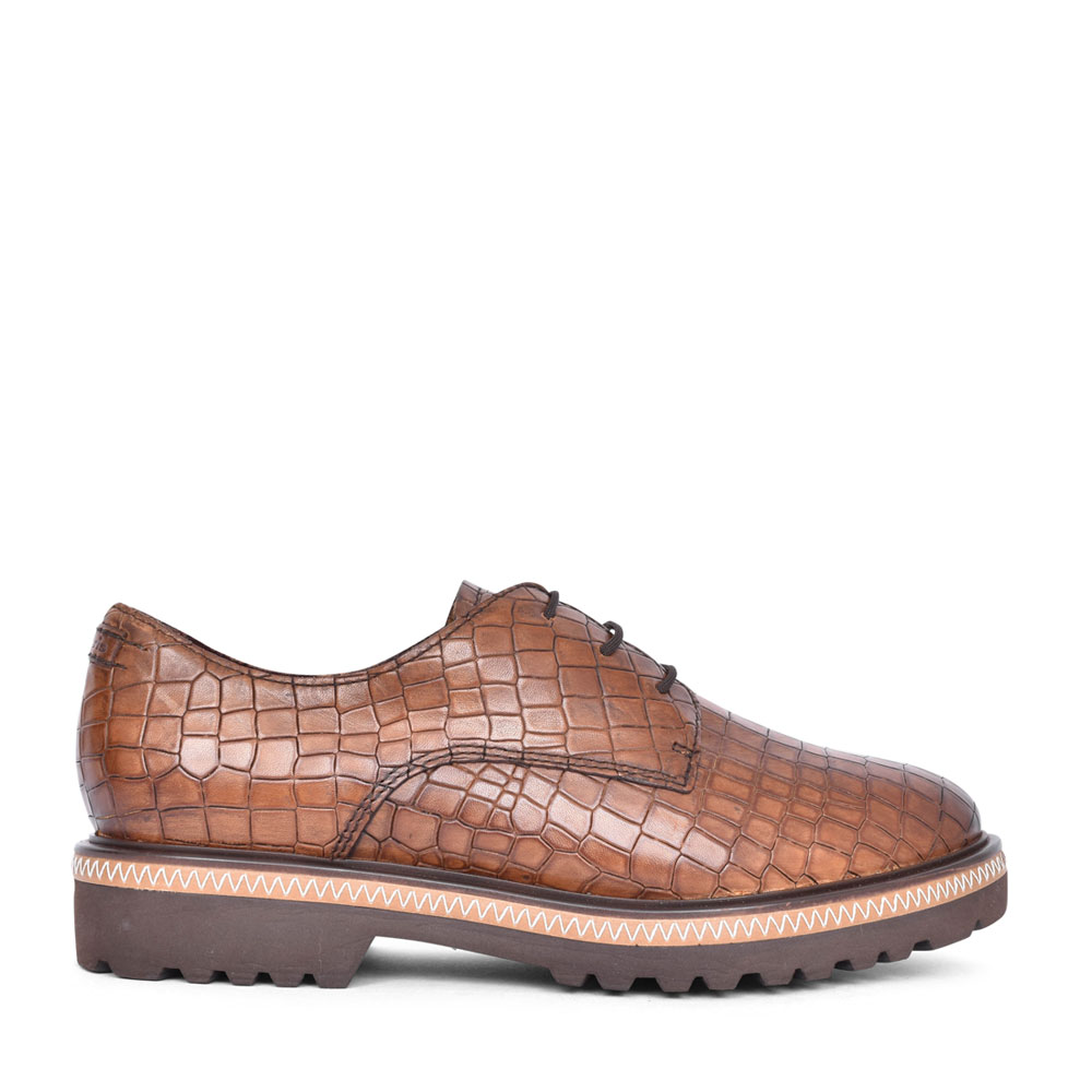 LADIES 1-23723 CASUAL LACED SHOE in TAN