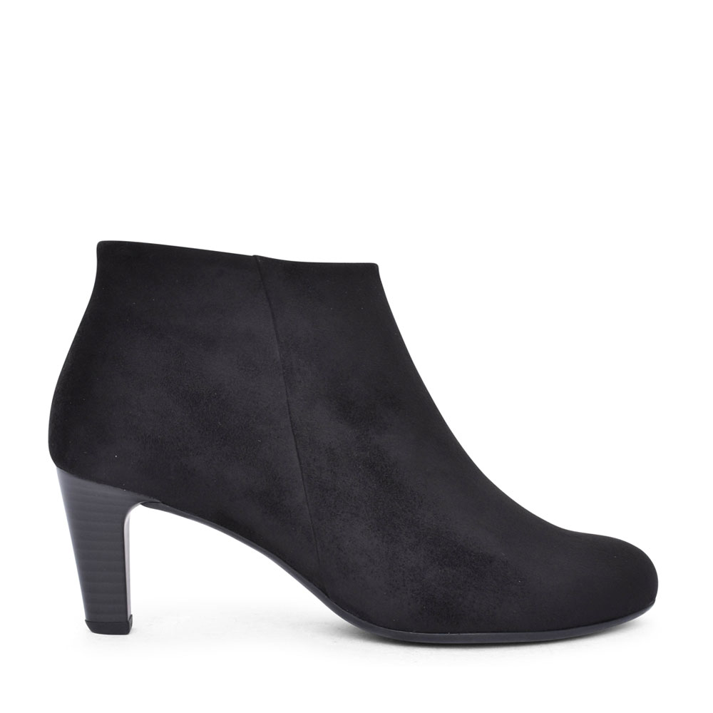 LADIES 55.85 FATALE MEDIUM HEEL ANKLE BOOT in BLACK