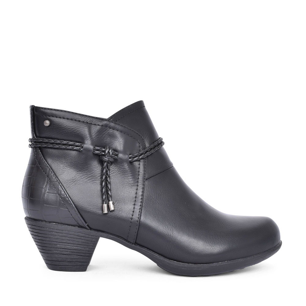 LADIES NIKSA LOW HEEL ANKLE BOOT in BLACK
