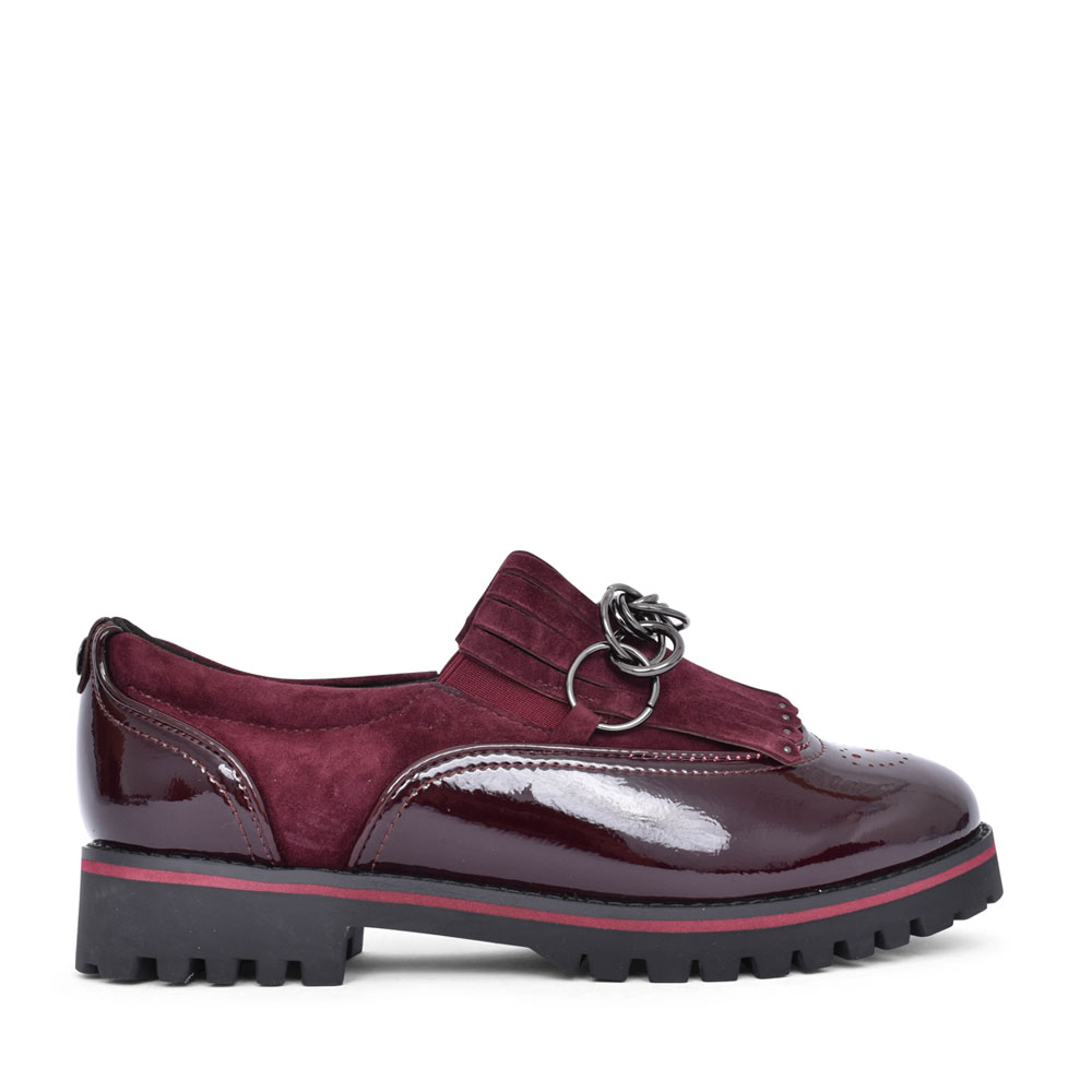 LADIES FERELIA CHAIN TRIM SLIP ON SHOE in BURGANDY