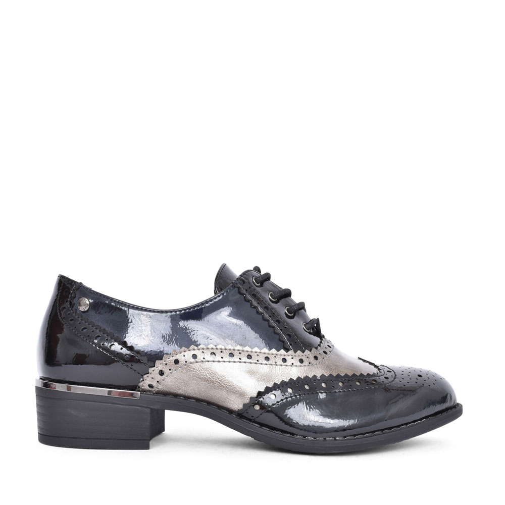 LADIES SCANNO LACED SHOE in BLK PATENT