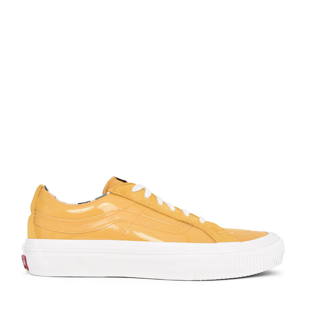 UNISEX ADULTS SK8-LOW REISSUE LACED SHOE in YELLOW