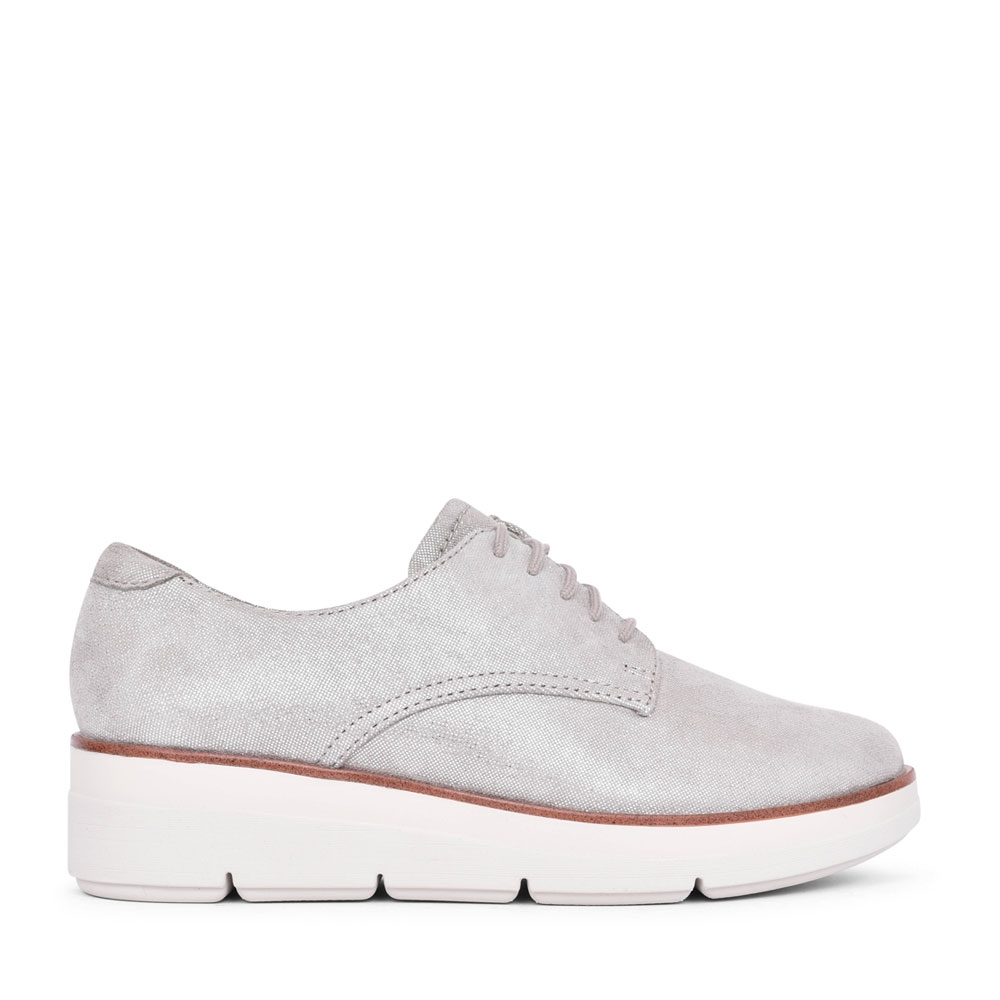 LADIES SHAYLIN LACE SUEDE D-FIT LACE UP SHOE in STONE