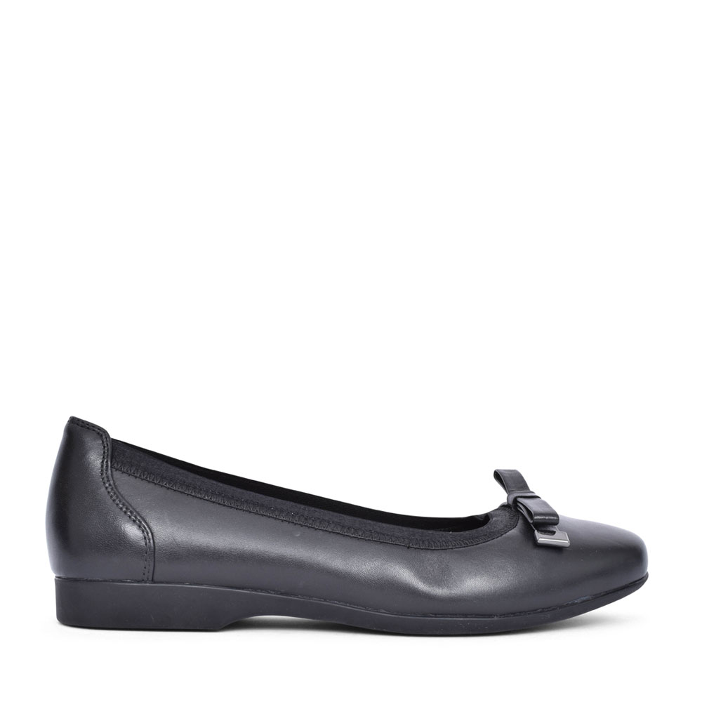 LADIES UN DARCEY B LEATHER D FIT SLIP ON PUMP SHOE in BLK LEATHER