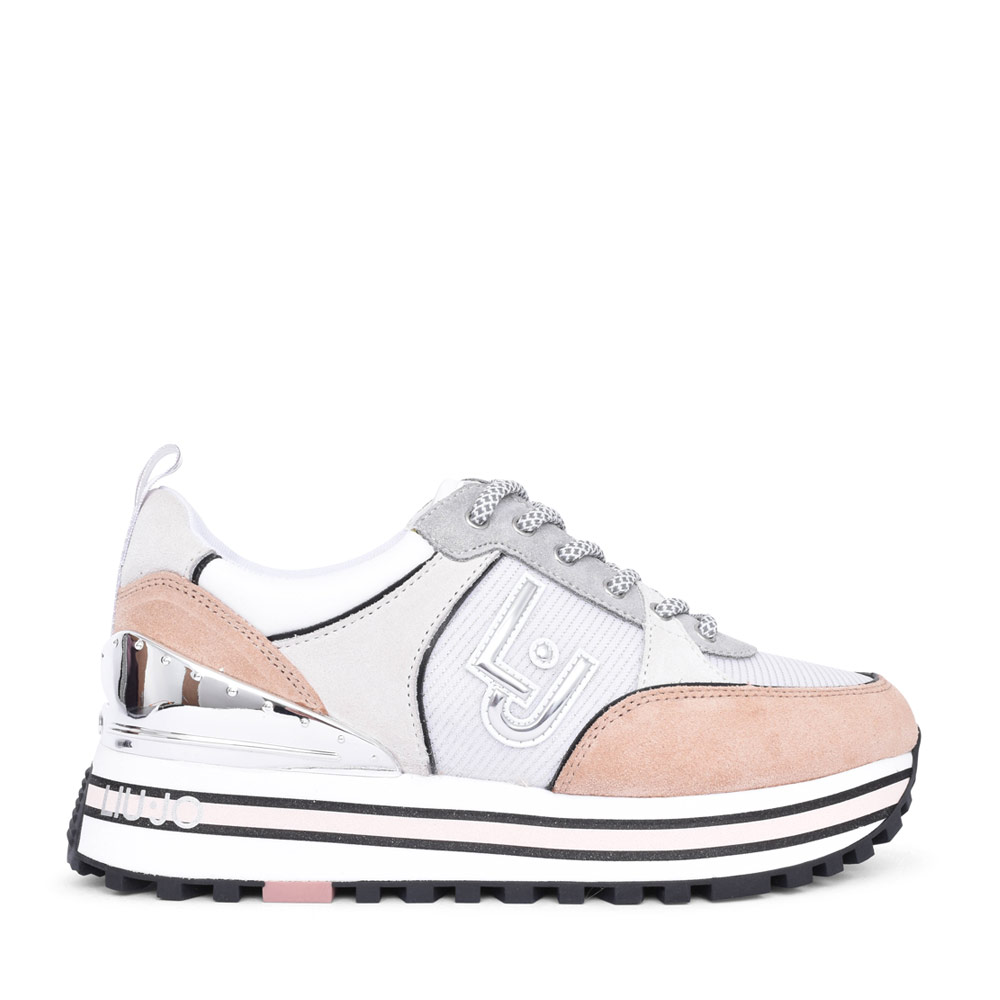 LADIES MAXI WONDER 20 LACED SNEAKER in WHITE