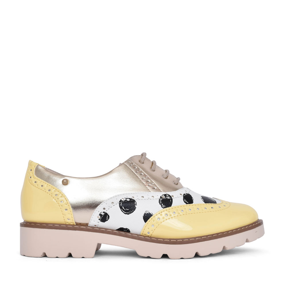 LADIES BALAD BROGUE SHOE in YELLOW