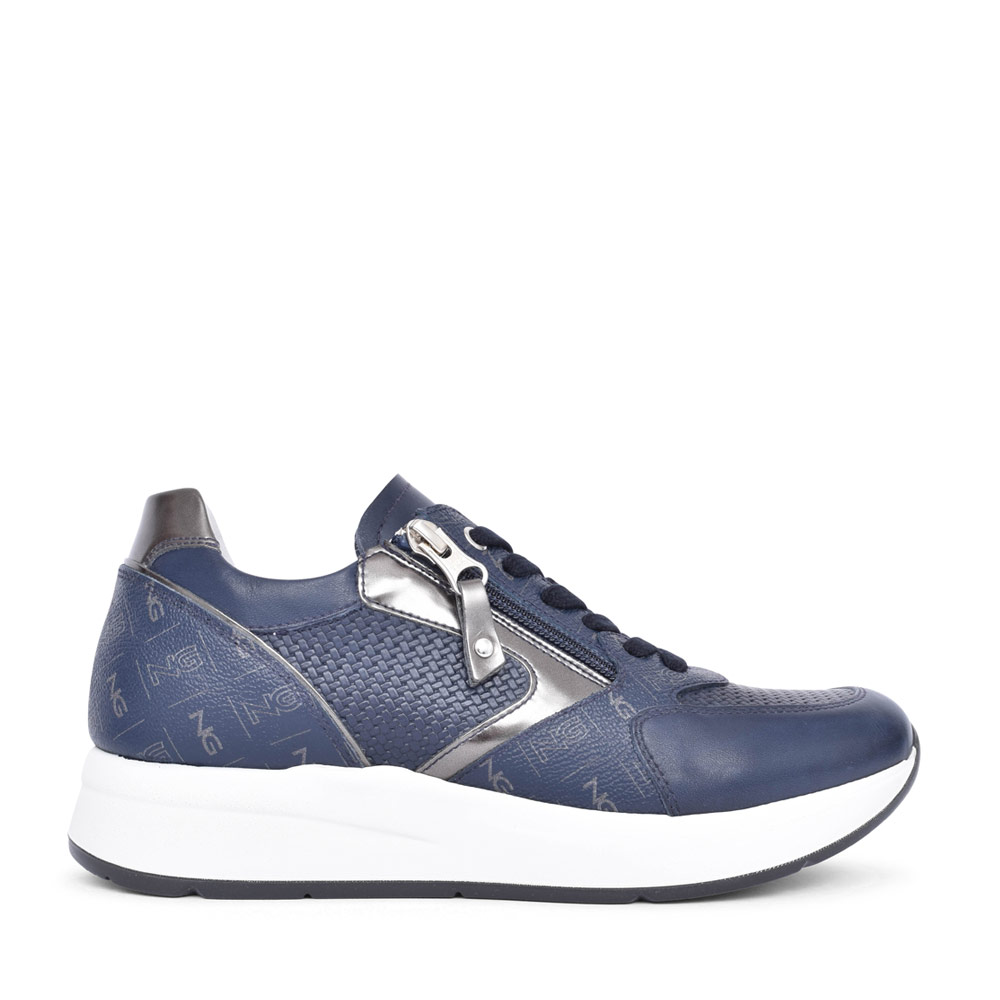 LADIES 115140 LACE UP TRAINER in NAVY