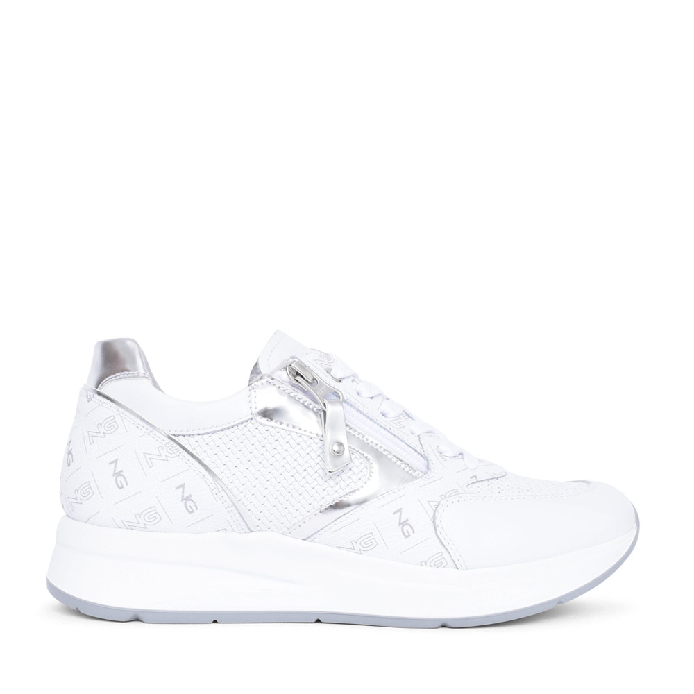 LADIES 115140 LACE UP TRAINER in WHITE